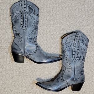 Stetson Gray Leather Embossed Cowboy Boots…